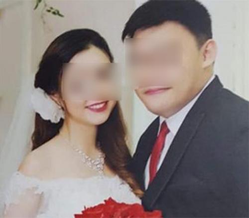 Người đàn ông Singapore và vợ Việt khi mới kết hôn vào cuối năm ngoái. Ảnh: Independent Singapore