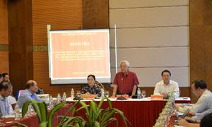 Lần đầu trao học bổng khuyến học trực tuyến tại Nghệ An