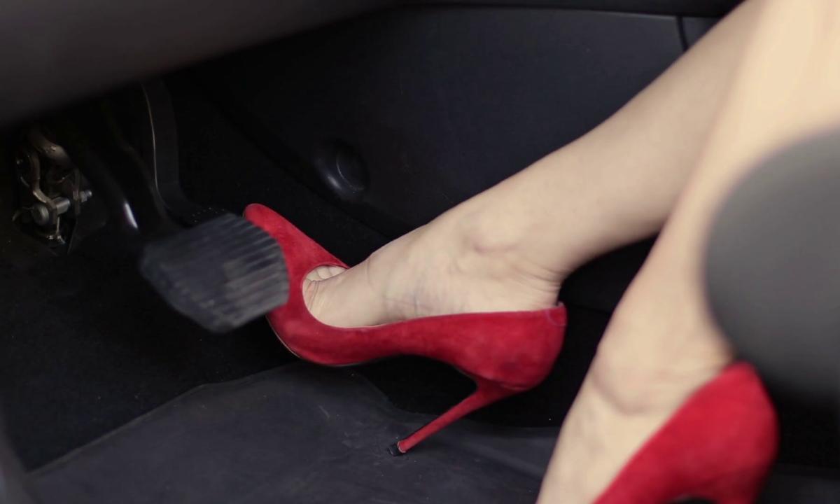 Nhầm chân ga - nỗi sợ có thể khắc phục