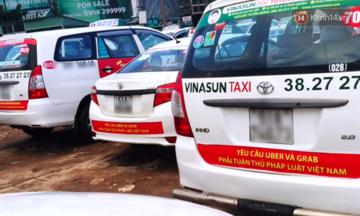 Nếu Vinasun thắng, cÃÂ¡c hãng taxi khÃÂ¡c cÃng kiá»n thì Grab ra sao?