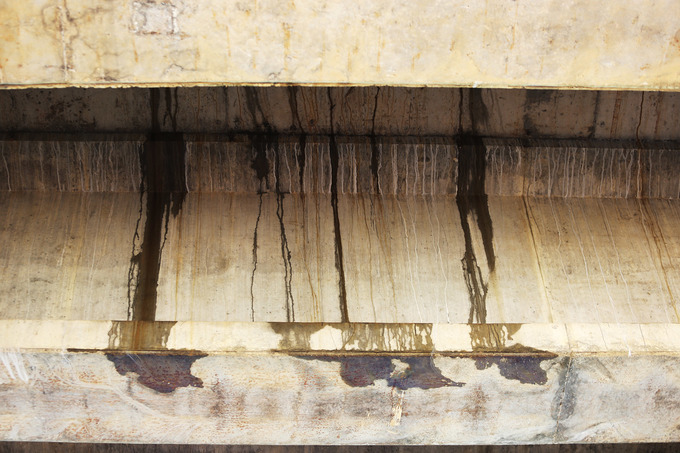 Nhiều cầu trên cao tốc 34.500 tỷ đồng bị thấm nước