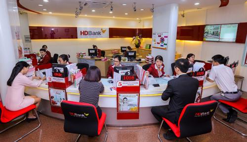 HDBank tài trợ cho khách hàng doanh nghiệp phát triển nông nghiệp ứng dụng công nghệ cao, nông nghiệp sạch.