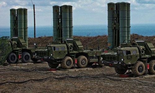 Xe phóng đạn thuộc tổ hợp S-400 Nga. Ảnh: Sputnik.