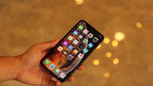 Hơn 3.000 người đặt trước iPhone mới trên Thế Giới Di Động - 2