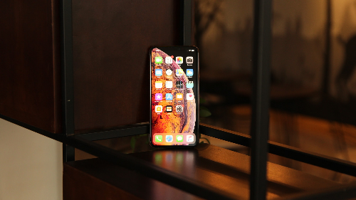 Hơn 3.000 người đặt trước iPhone mới trên Thế Giới Di Động - 1