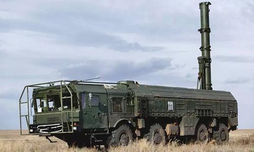 Tổ hợp tên lửa Novator 9M729. Ảnh: Vadim Grishankin.