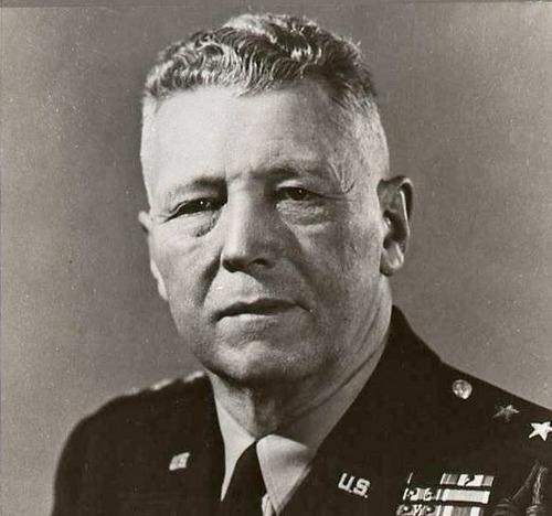 Tướng Clark sau chiến tranh. Ảnh: Wikipedia.