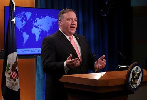 Ngoại trưởng Mỹ Mike Pompeo phát biểu trong cuộc họp báo tạitrụ sở Bộ Ngoại giao ởWashington hôm 23/10. Ảnh: Reuters.