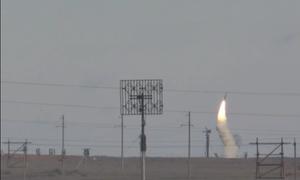 Quân đội Nga phóng cùng lúc hàng chục tên lửa S-300, S-400