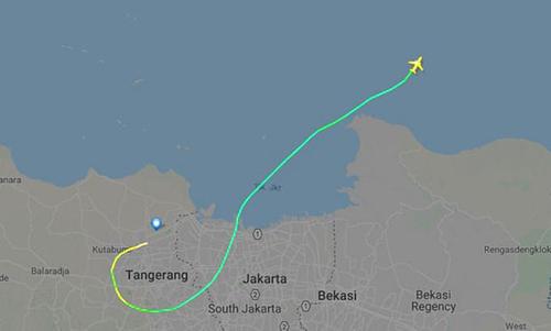 Đường bay thực tế của máy bay Lion Air gặp nạn sáng nay. Ảnh: Flightradar24
