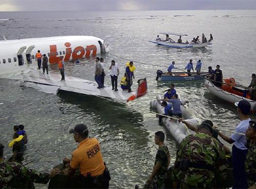 Lion Air từng xảy ra nhiều tai nạn chết người trước vụ máy bay rơi xuống biển