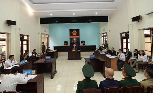 Phiên toà mở tại Toà án quân sự trung ương.