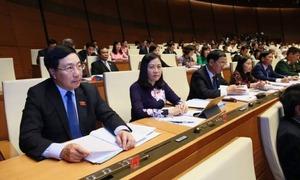 Các thành viên Chính Phủ trả lời các câu hỏi nóng tại nghị trường