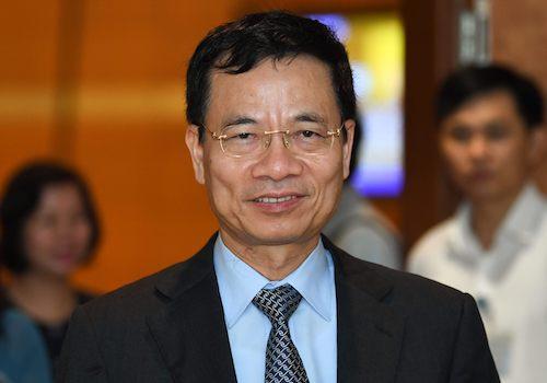 Bộ trưởng Thông tin Truyền thông Nguyễn Mạnh Hùng. Ảnh: Hoàng Phong