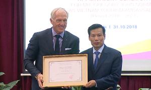 Huyền thoại golf thế giới trở thành Đại sứ du lịch Việt Nam