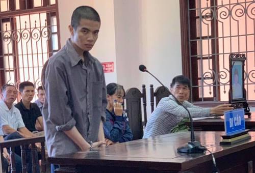 Bị cáo Vũ gây án khi là sinh viên sư phạm. Ảnh: Đ.N.