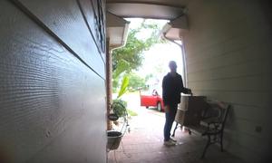 Bị chủ nhà phát hiện, nữ đạo chích Mỹ giả vờ nhầm địa chỉ