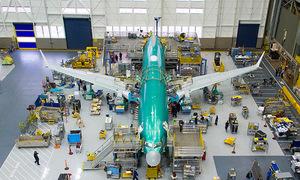 Quá trình lắp ráp một chiếc Boeing 737 MAX 8 trong 9 ngày