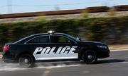 Chiêu đánh lái của cảnh sát Mỹ giúp chặn xe của kẻ chạy trốn