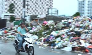 Khu dân cư ở Sài Gòn 23 năm sống chung với rác