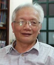 TSNguyễn Tùng Lâm,Hiệu trưởng trường THPT Đinh Tiên Hoàng, Hà Nội. Ảnh:Quỳnh Trang.