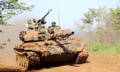 Xe tăng T-62 do Liên Xô sản xuất trong biên chế quân đội Cuba. Ảnh: Infodefensa.