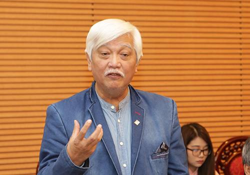 Ông Dương Trung Quốc: Chế tài phạt hành vi vi phạm rượu bia phải mạnh hơn nữa. Ảnh: Anh Duy.