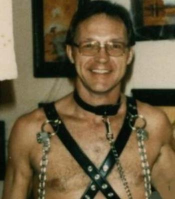 Robert Ben Rhoades tự chụp trước khi  tra tấn một nạn nhân.