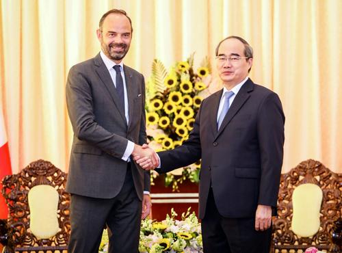 Bí thư Thành ủy TP HCM hội kiến Thủ tướng Pháp tại Dinh Thống Nhất chiều nay. Ảnh: Thành Nguyễn