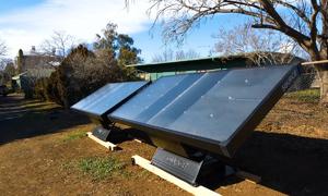 Máy tạo nước uống từ không khí và năng lượng mặt trời