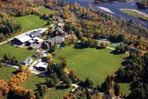 CAIS là Hiệp hội các trường độc lập Canada, chứng nhận các trường đạt tiêu chuẩn xuất sắc về học thuật và kỹ năng lãnh đạo tổ chức.