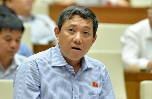Đại biểu Hồ Thanh Bình phát biểu tại Quốc hội. Ảnh:Cổng TT Điện tử Quốc hội