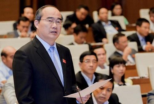 Bí thư TP HCM Nguyễn Thiện Nhân phát biểu tại Quốc hội. Ảnh: Cổng TT Điện tử Quốc hội