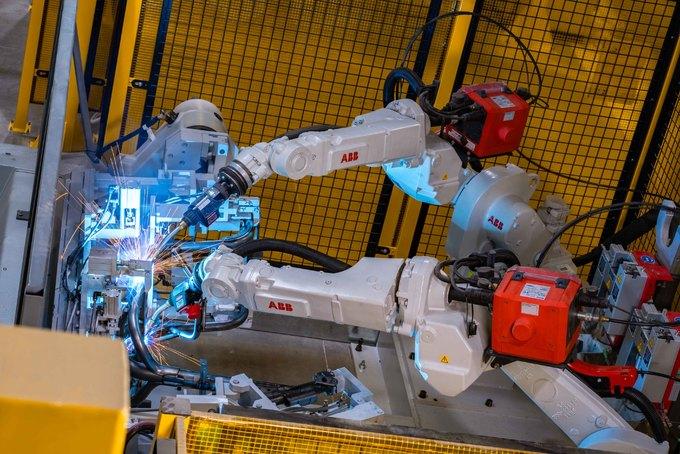 Bên trong nhà máy sản xuất xe máy VinFast