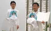 Người đàn ông Nhật cưới búp bê 'ca sĩ ảo'