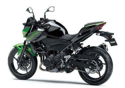 Kawasaki Z400 sẽ cạnh tranh trực tiếp với mẫu xe KTM Duke390.