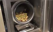 Robot làm đầu bếp tại nhà hàng Trung Quốc