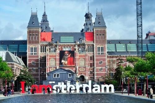 Nhiều học sinh tại EduTrust dành học bổng toàn phần tại các trường đại học danh tiếng của Hà Lan.
