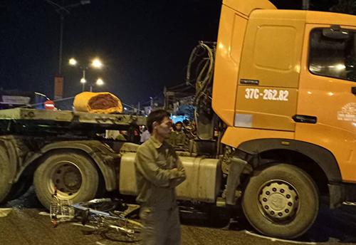 Hai tai nạn giao thông ở Nghệ An khiến bốn người tử vong