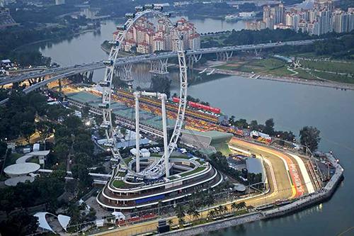 Trường đua F1 kéo dài 5.067 km ở Vịnh Marina, Singapore. Ảnh: Snaplap