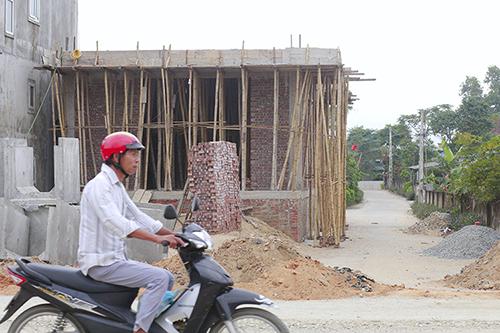 Căn nhà được ông Quang xây cho con trai. Ảnh: Đức Hùng