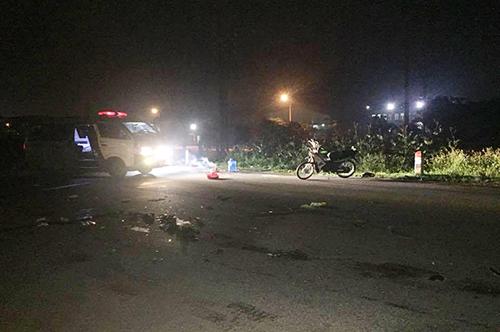 Hiện trường vụ tai nạn lúc 17h ở địa phận xã Nghi Xá. Ảnh: Gia Quyết.