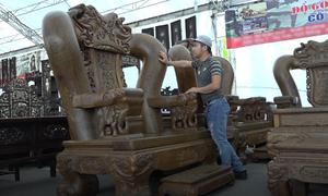 Bộ bàn ghế 'khổng lồ' hơn 3 tỷ đồng tại Hà Nội