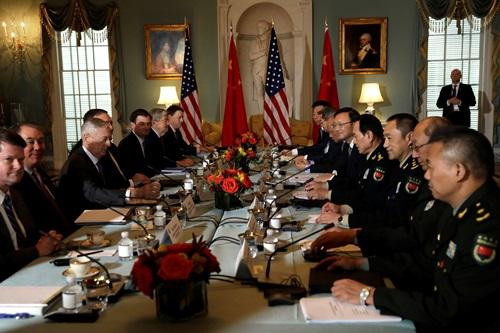 Quan chức an ninh và ngoại giao cấp cao Mỹ - Trung đối thoại tại Washington hôm 9/11. Ảnh: Reuters.