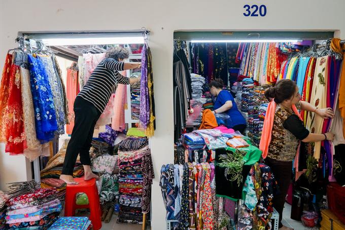 Chợ Bình Tây đón tiểu thương trở lại sau hai năm tu sửa