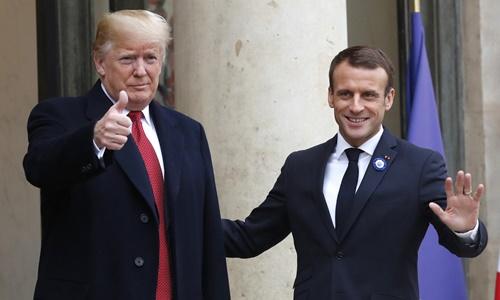 Tổng thống Pháp Emmanuel Macron và Tổng thống Mỹ Donald Trump tại Điện Elysee ở Paris ngày 10/11. Ảnh: AP.
