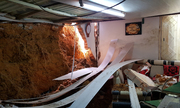 Sạt lở gây sập nhà ở Đà Lạt, cả gia đình thoát nạn