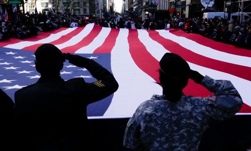 Cựu binh Mỹ trong một cuộc diễu hành tại thành phố New York năm 2017. Ảnh: NBC News.