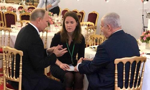 Thủ tướng Israel Benjamin Netanyahu (trái) và Tổng thống Nga Vladimir Putin gặp nhau ở Moskva hồi tháng 7. Ảnh: Reuters.