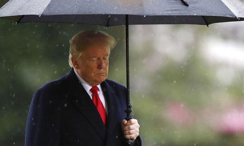 Tổng thống Mỹ Donald Trump tại nghĩa trangSuresnes